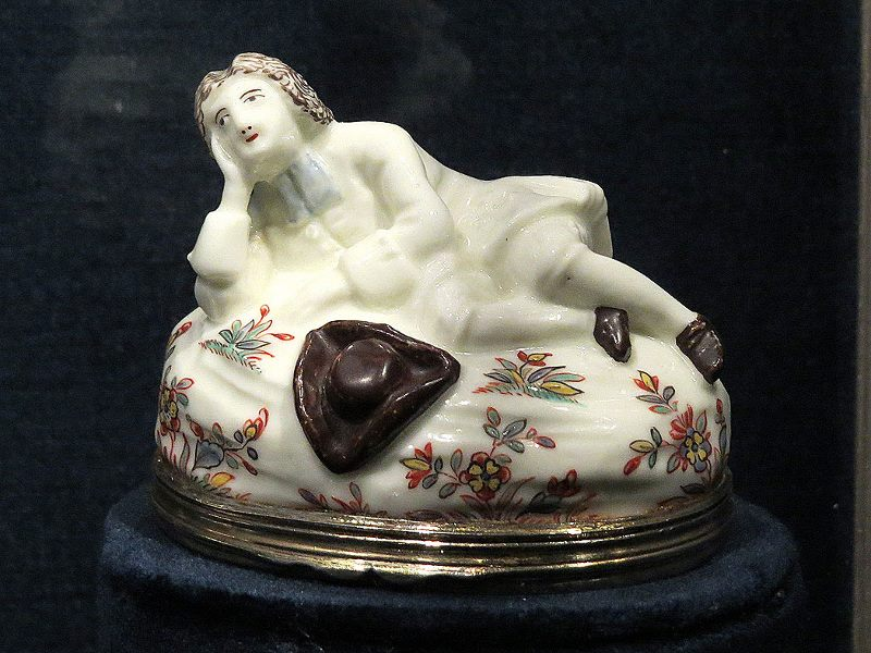 Porcelain Snuff Box