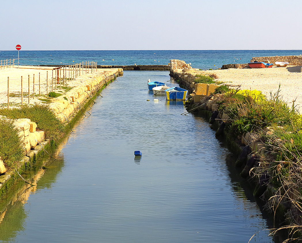 Canal carrying sea water to the salt pans