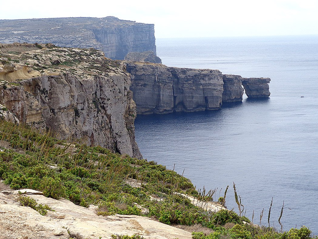 Leaving Dwejra behind - but the Azure Window is no more
