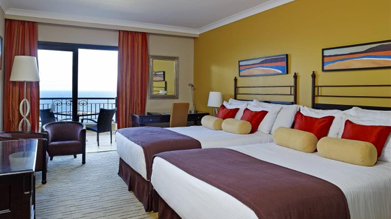 Corinthia Hotel St Georges -Deluxe Family Sea View