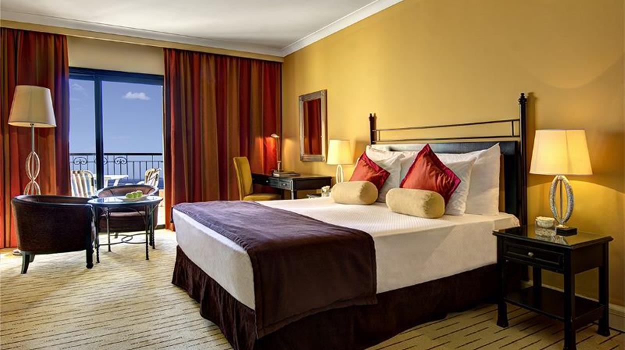 Corinthia Hotel St Georges -Deluxe Sea View