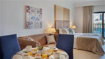 Plaza and Plaza Regency Suites