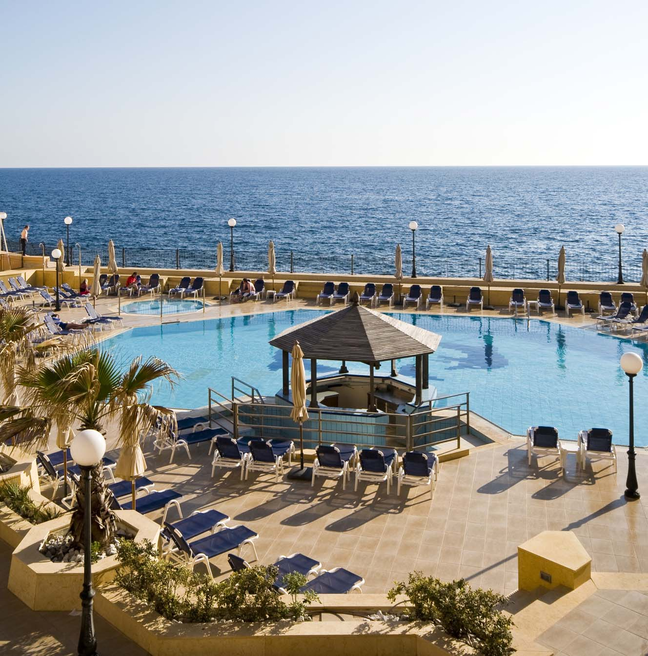 Radisson Blu Outdoor Pool