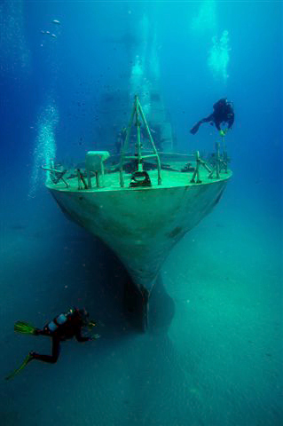 Diving Wreck - Malta