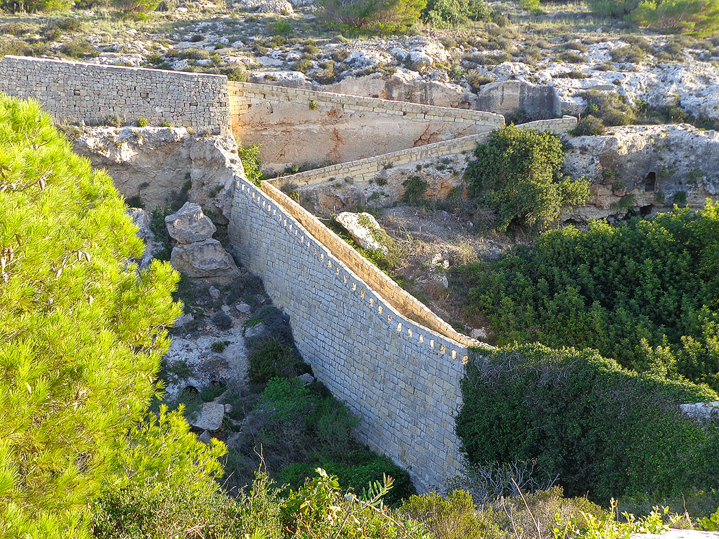 The Wall the Brits Built, Malta
